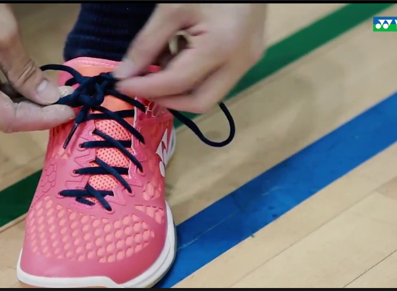 How to tie your badminton shoelace by Lee Yong Dae